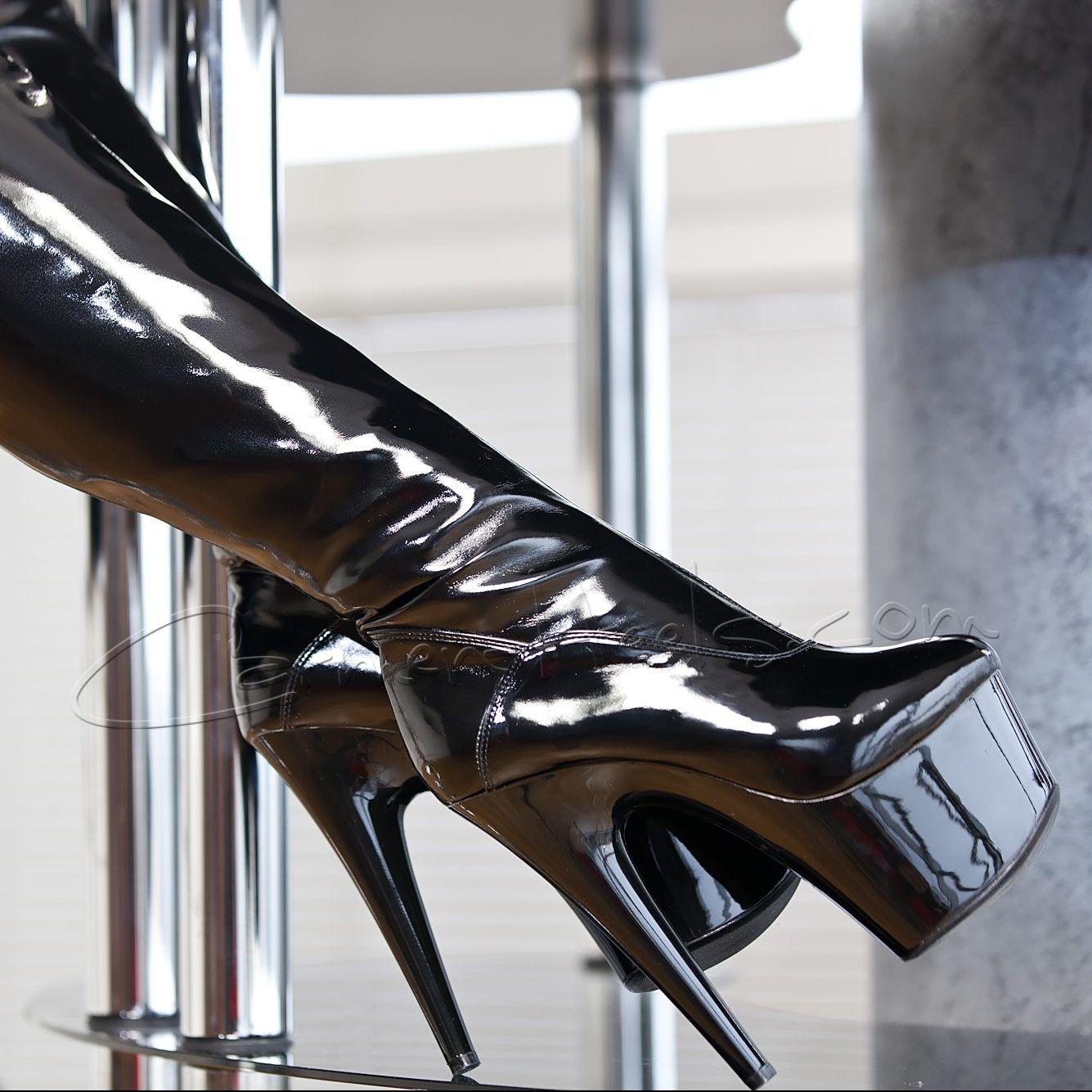 b49ef3691f303 Fantasy Thigh high boots